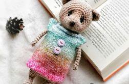 Zabawka maskotka kolorowy sweterek misio