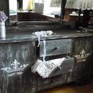Toaletka stylizowana shabby chic