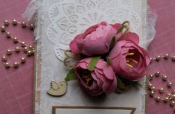 Delikatna, romantyczna kartka ślubna