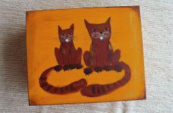 Pudełko malowane duże-Koty w pomarańczowym