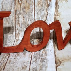 Napis LOVE
