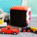 Kostka Sensoryczna Zabawka Minky ciePLUSZki - kostka minky