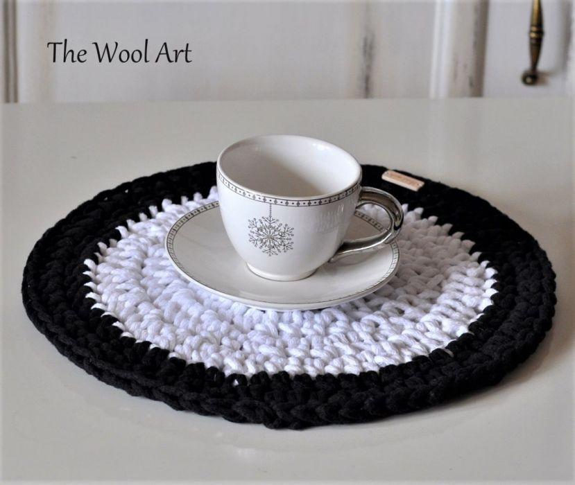 podkładka na stół biało-czarna