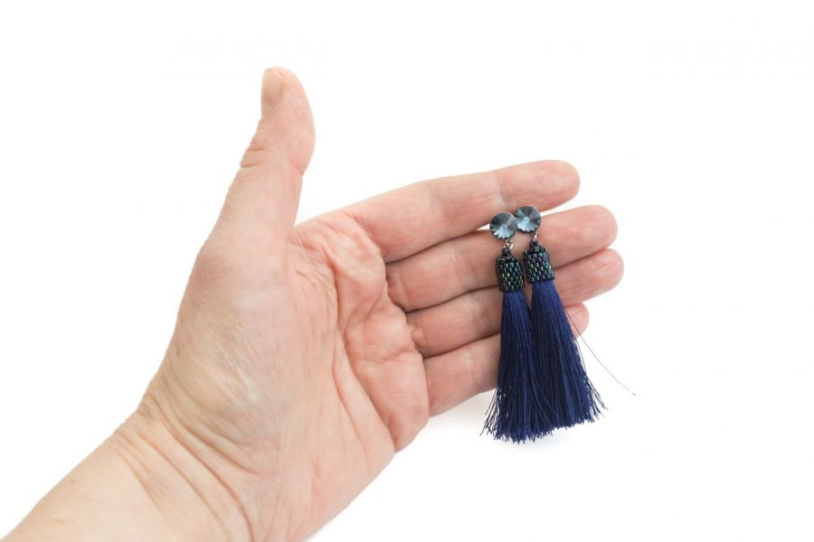 Kolczyki sztyfty chwosty z rivoli denim blue - Kolczyki sztyfty chwosty granatowe z kryształkami rivoli denim blue 3