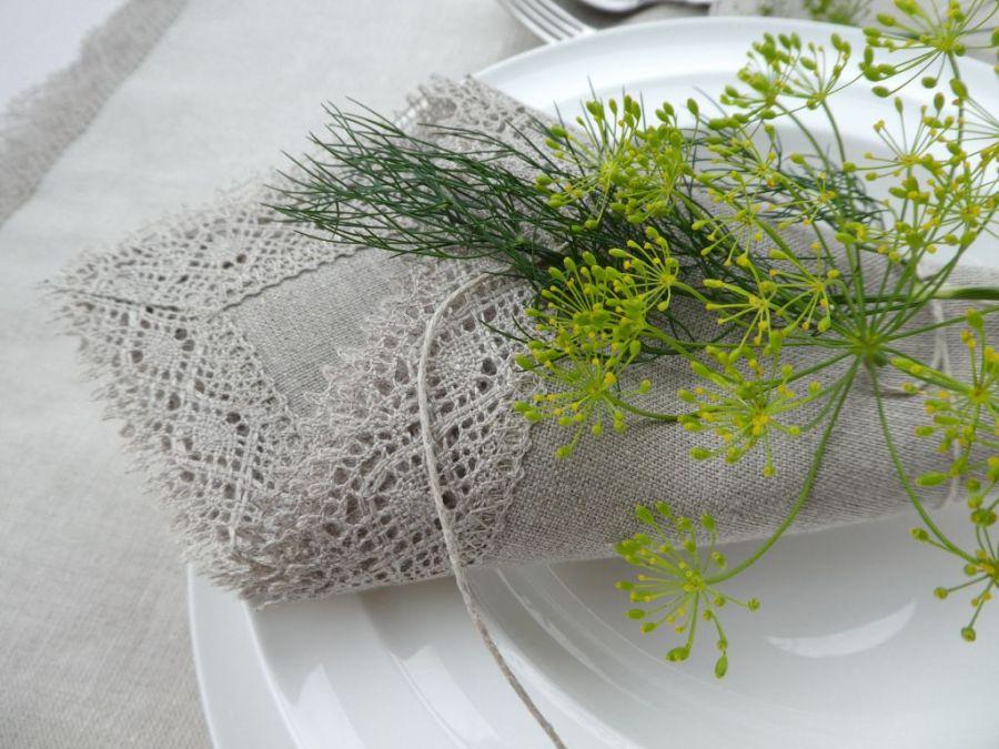 Serweta lniana z koronką naturalna