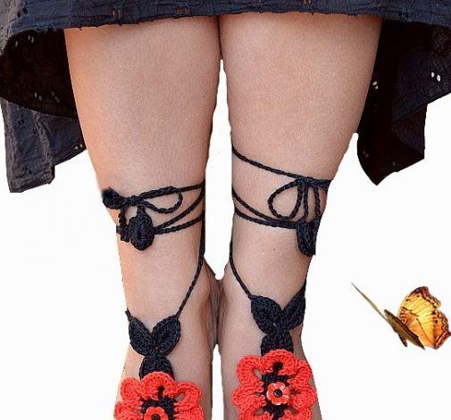 Ozdoba na stopy czerwony z czarnym