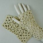Rękawiczki, mitenki beżowe - Mitenki szydełkowe