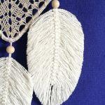 Łapacz snów- serce z makramowymi piórkami - makramowe piórka
