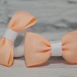 Gumka  frotka do włosów Zuzia Łososiowo biała