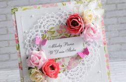 Ślubna - ukwiecona z motylami