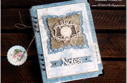 Niebieski Notes z ornamentem i zegarem