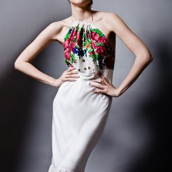 Ecru sukienka bez pleców