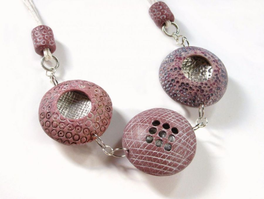 Naszyjnik z różowych korali