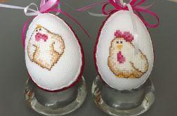 Haftowane jajka kurki róż