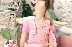Lalka tilda - różowa ogrodniczka