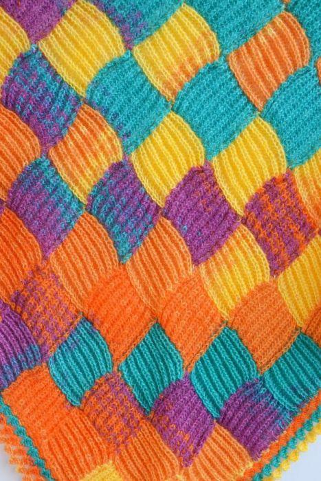 Kolorowa chusta entrelac