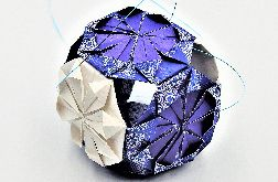 Bombka origami mini kusudama z papieru granat ornament