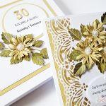 Kartka ROCZNICA ŚLUBU z beżowymi kwiatami