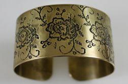 Mosiężna bransoleta - kwiaty