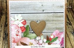 Ślubne serce w kwiatach