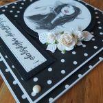 Dama w czerni na urodziny -