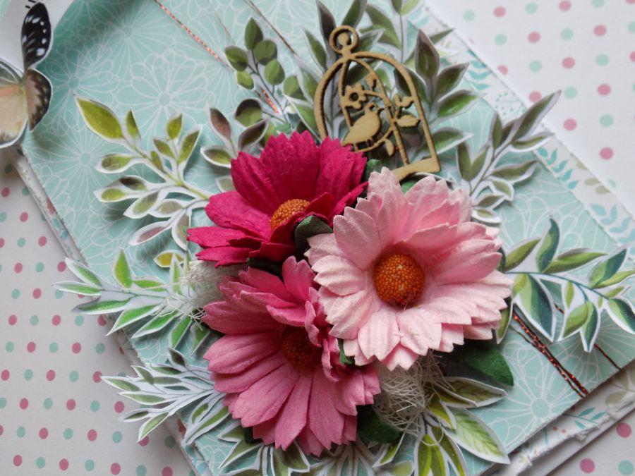 Kartka ślubna wiosenna - zbliżenie na kwiaty