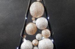 Czarna drewniana, srebrno - złota choinka LED