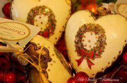 Szklane serca w złotym brązie