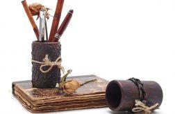 Drewniany kubek Przybornik III