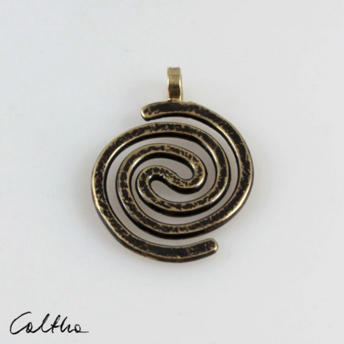 Spiralny - mosiężny wisiorek 210305-04 - Wisiorek w kolorze złota