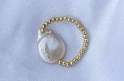 Pierścionek z perłą słodkowodną