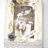 Urodzinowa kartka retro z koronką i gołąbkami