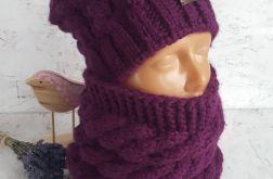 Fioletowa czapka z kominem