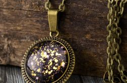 Szklany medalion w antycznej oprawie