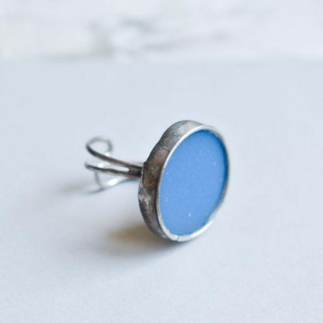 Ciemny błękit - pierścionek ze szkłem