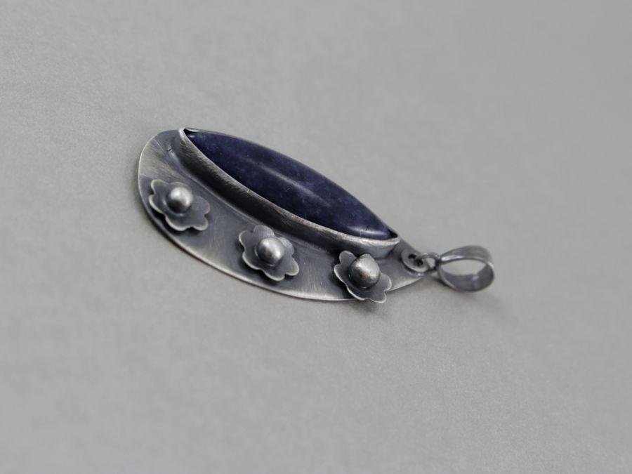 Jadeit i srebro - wisior