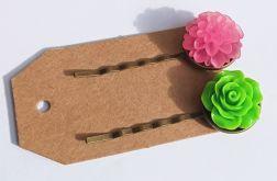 Komplet wsuwek z kwiatem