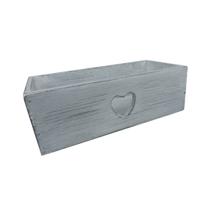 Pudełko z wyciętym sercem.