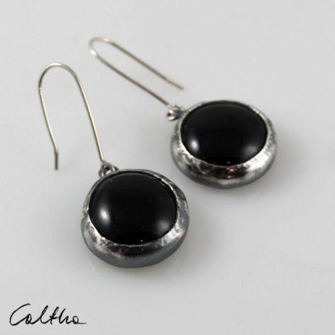 Czarne w srebrze - kolczyki 200822-01