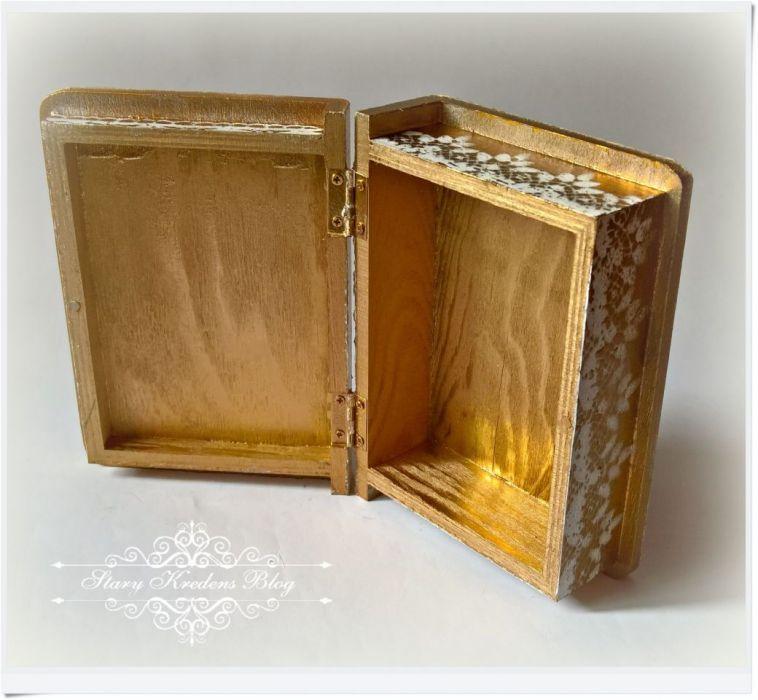 Drewniana szkatułka I Komunia Święta