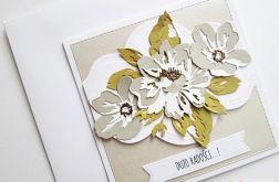 Kartka UNIWERSALNA z beżowymi kwiatami