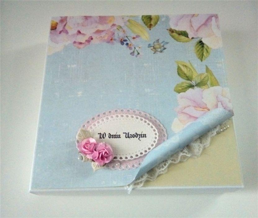 kartka urodzinowa Nostalgia - pudełko