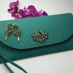 Torebka kopertówka kolczyki komplet biżuterii