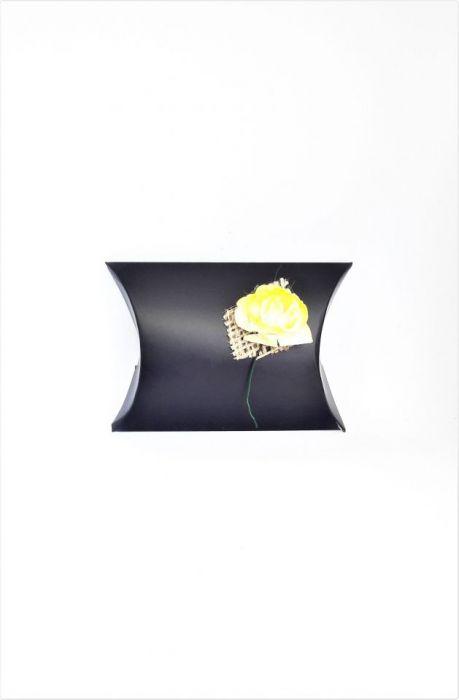 Pudełko ozdobne czarne z żółtą różą