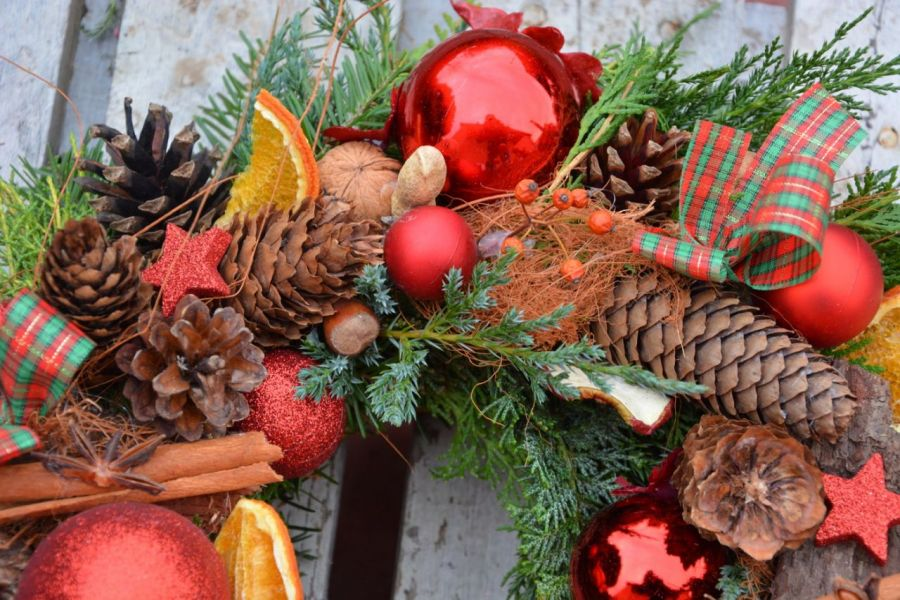 wianek Bożonarodzeniowy czerwony