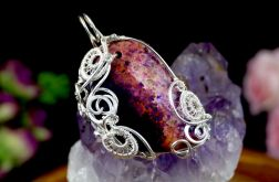 Skamielina koralu, srebrny wisior fioletowy