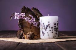 Dla Mamy-świeca z naturalnymi kwiatami-lawend