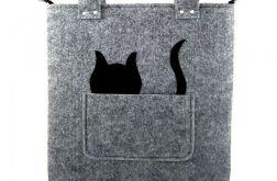 Grey sguare & cat