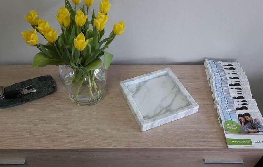 Taca marmurowa Bianco Carrara - Taca dekoracyjna