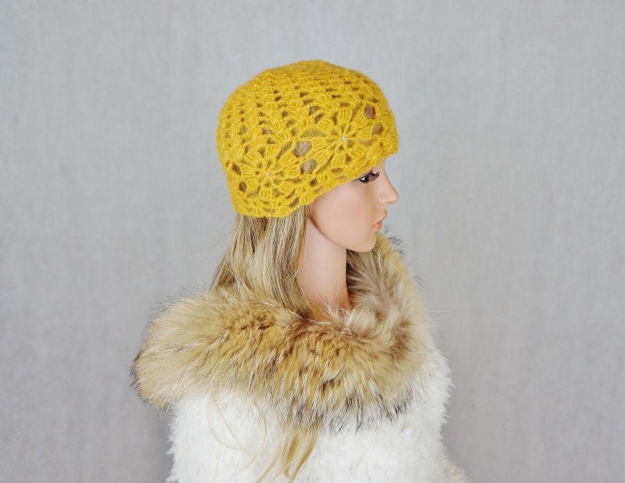 Miodowa szydełkowa czapka